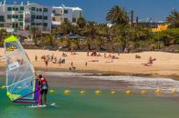Windsurf w Las Cucharas Spoty do windsurfingu na Lanzarote